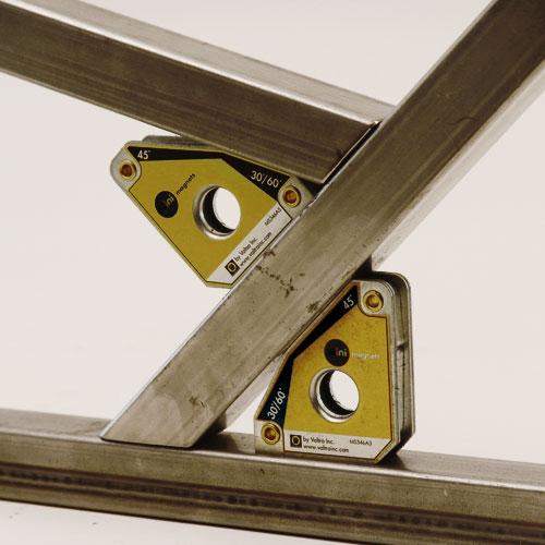 Использование магнитов для выставления деталей